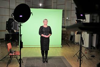 Agnieszka Michalska podczas nagrywania kursu BHP