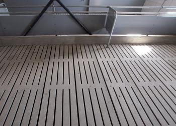 Prefabrykowane ruszty dla trzody chlewnej