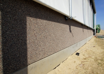 Prefabrykowane ściany żelbetowe dla obór i chlewni