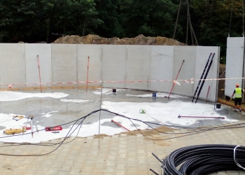 Betonowy zbiornik na odpady