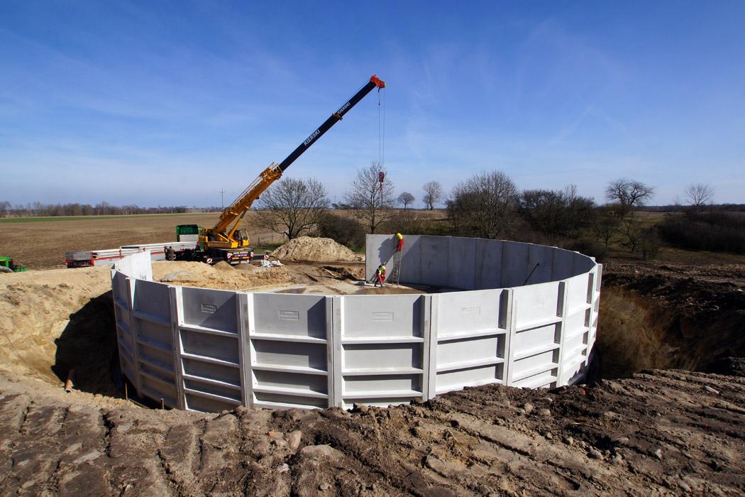 Unikalne Zbiorniki dla rolnictwa na gnojowicę, gnojówkę i inne - Precon Polska YI84