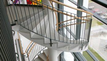Elementy klatek schodowych