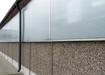 Ściany z płukanką do obory